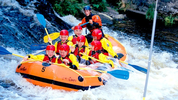 White Water Rafting (20 mins)