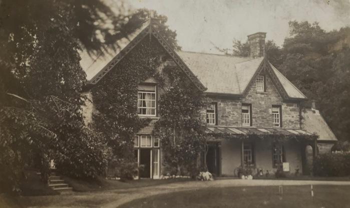 Plas Blaenddol (early 1900s descendants of Evan Parry Jones and Jane Vaughan)